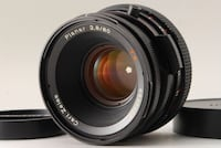 HASSELBLAD CARL ZEISS LENS: planar 2.8 80mm T*
