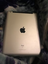 32 gig iPad there's a slight crack on the front other then that it runs great, you can test it out before buying, we can negotiate a better price if preferred  Copperas Cove, 76522