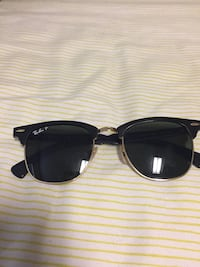 black framed Ray-Ban sunglasses Tampa, 33647