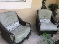 two gray-and-black sofa chairs Weston, 33331