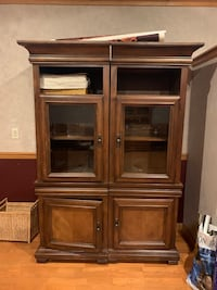 Durable solid wood cabinet