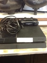 Sony ps4 game system North Miami, 33168