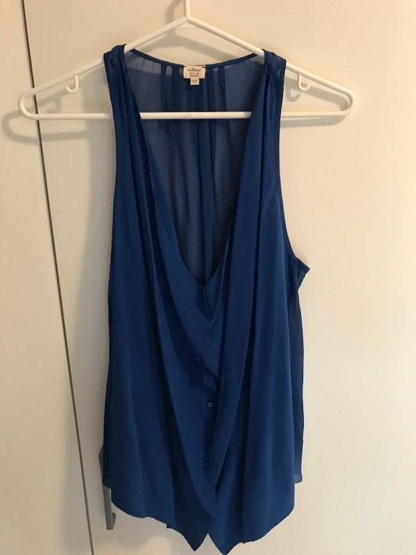 0fe522dbe0e557 Used Aritzia Blue Sleeveless Blouse for sale in Toronto - letgo