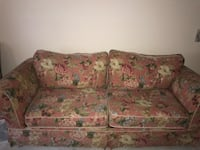 Floral Sofa-Bed. Clermont, 34711