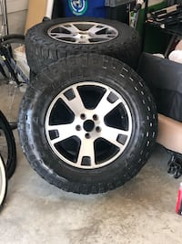 Fx4 wheels and mud tires