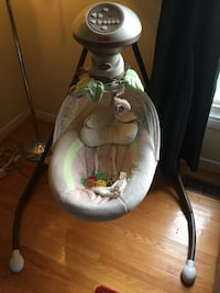 Baby swing chair  Midland, L4R
