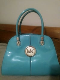 blue Michael Kors patent leather handbag Brownsville, 78520