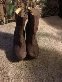 pair of brown suede boots Cary, 27511