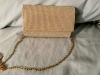 Gold clutch perfect for Prom. Used only 9nce Hagerstown, 21742