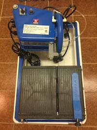 """NEIKO 7"""" WET TILE SAW WITH LASER AND STAND 列治文, V7A 3R5"""