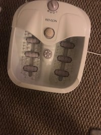white and gray HoMedics foot massager Arlington, 22202