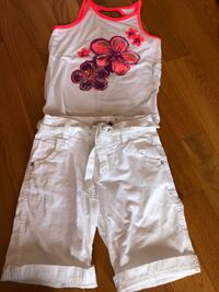 New w/out tags size 8 flower top and belted shorts  Brampton, L6R 0P7