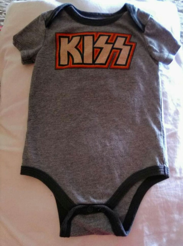 """Baby/Toddler """"KISS"""" rock n roll onesie size 18 mth"""