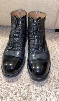 Parade boots