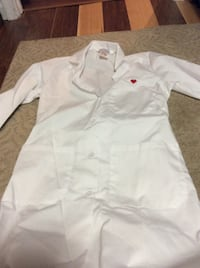 JUST REDUCED MORE lab coats (2) size 6   Rockville