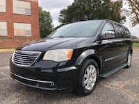Chrysler - Town and Country - 2011 Gastonia