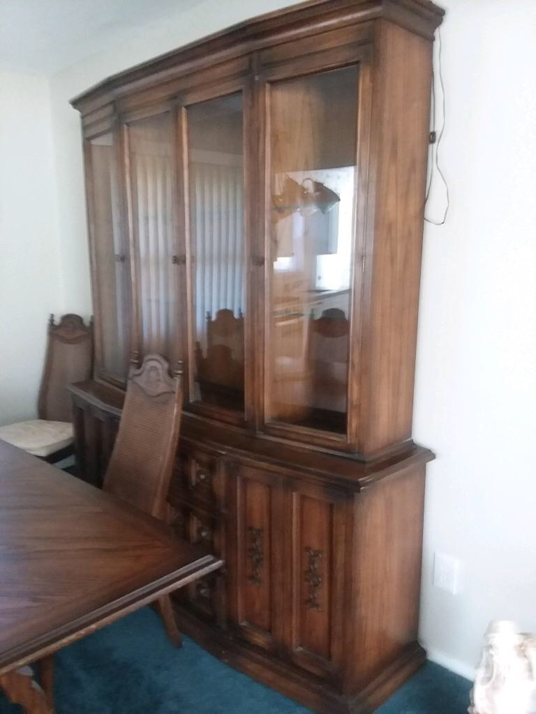used brown wooden framed glass display cabinet for sale in levittown rh us letgo com