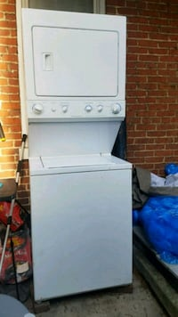 FRIGIDAIRE Wash and dryer set white  Chambersburg, 17201