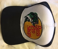 BASS PRO BALL CAP OR HAT-BLACK WHITE COLOUR-BRAND NEW-NEVER WORN