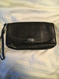 Coach wristlet leather Daly City, 94014