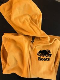 Roots Hoodie Toronto, M1H 1A9