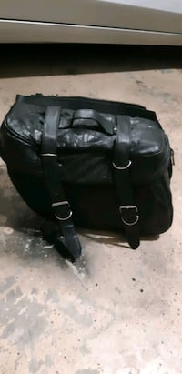 Leather and vinyl motorcycle saddlebags Cottondale, 35453