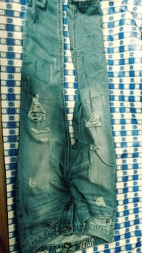 Rewash size 5 ripped jeans Alexandria, 22304