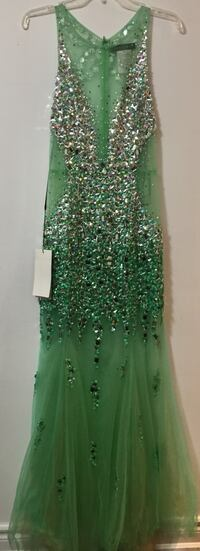 Alyce Paris Size 6 Jewelled sheer Dress Newmarket, L3Y 2T4