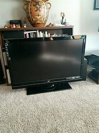 "black LG 47"" flat screen TV with remote Plano, 75093"