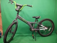 "2014 TREK JET 20S GREY/GREEN 20"" BOYS BICYCLE 73107"