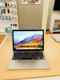"2013 13"" MacBook Pro Retina 2.4 GHz i5 8GB 256SSD with One Year Warranty- We Finance"