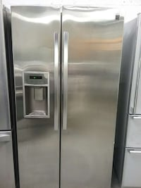 Stainless steel Kenmore refrigerator  Woodbridge, 22191