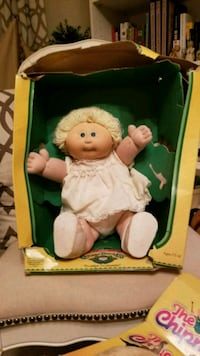 Early 80's Cabbage patch doll with paperwork Hagerstown, 21742