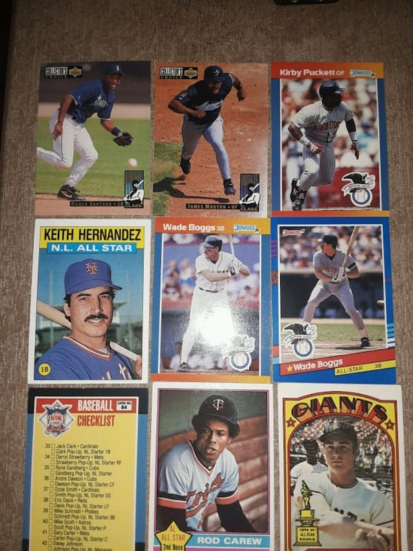 Baseball cards mix years and NHL cards (33 cards) ba21596d-4dcf-4b6d-bb29-6789d2b77a64