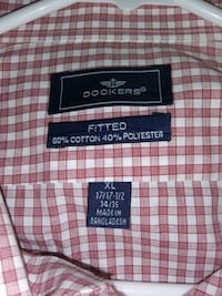 Dockers Fitted Red/White Collared Button Up Dress Shirt