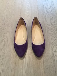 Size 6.5 Nine West Royal Purple Suede Flat Shoes!
