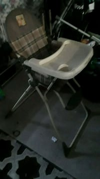 Baby high chair Moreno Valley, 92551