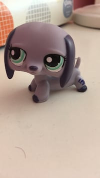 Littlest Pet Shop Dachshund Purple Sharon, 02067