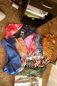 toddler's assorted clothes Omaha, 68106