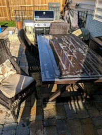 Outdoor table and chairs  Gainesville, 20155