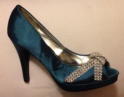 "Ladies size 8 teal satin heels with rhinestone bow 4"" heel"