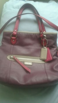 women's  Coach purple leather tote bag null