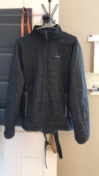 Patagonia Mens  down Nano Puff Jacket size M Gainesville, 20155