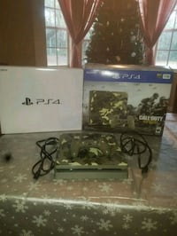 PS4 1TB Slim WW2 Camo Bundle with controller 789 mi