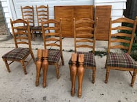 four brown wooden windsor chairs Chicago, 60634