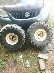 Bear claw tires