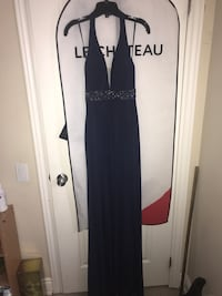 Navy blue tight fitting gown Milton, L9T 1Z3