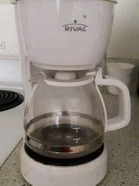 coffee maker Surrey, V3V 7W2