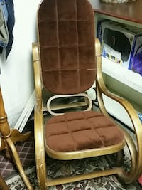 Rocking chair  East Moline, 61244