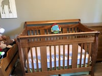 Crib & Toddler bed- all in one! Hamilton, L8K 4H4